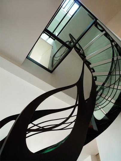escalier design contemporain verre et m tal d billard la stylique paris. Black Bedroom Furniture Sets. Home Design Ideas